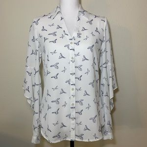 50% OFF Express Portofino bird blouse open sleeve